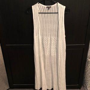 Long white Express vest